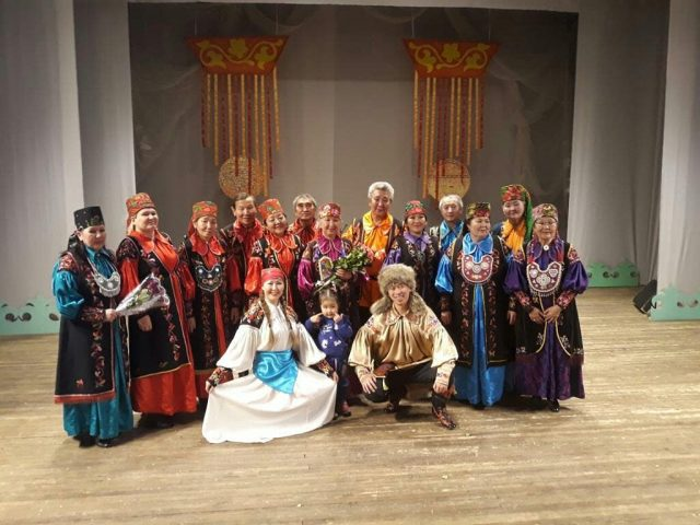 """Отчетный концерт хакасского ансамбля """"Чон коглерi"""""""